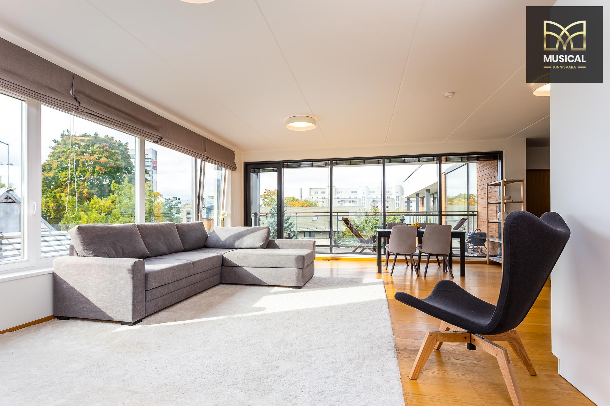 Müüa kesklinnas uues majas ilus 2-toaline korter.