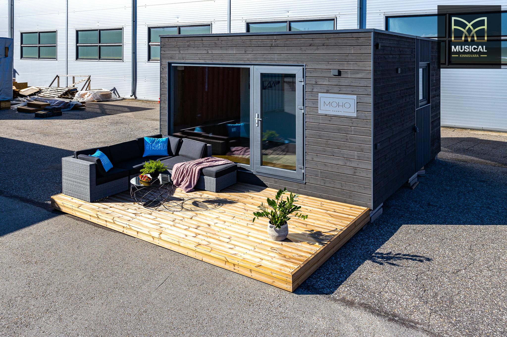 MOHO näidissaun – boonuseks: terrass, aiamööbel ja paigaldus koos kruvivaiadega
